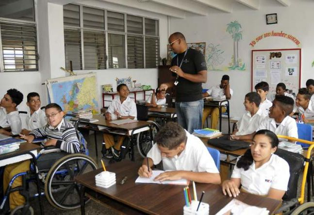 Resultado de imagen para educacion especial en cuba