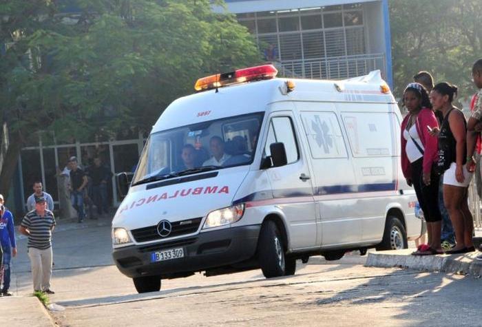 Image result for ambulancias en cuba