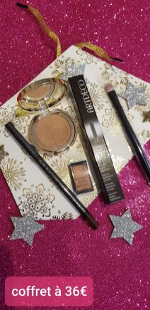 Make-up: 1 Mascara,1 fard, 1 crayon, 1 pinceau, 1 blush mini - 35€