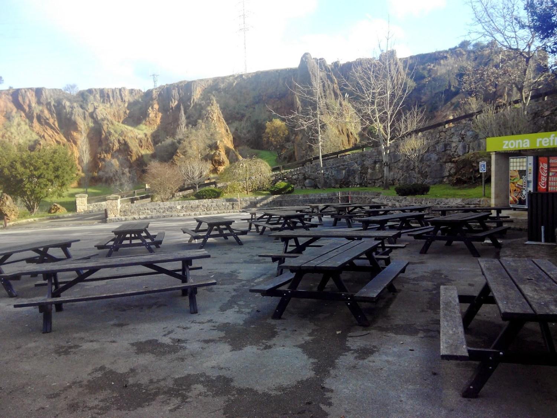 El parque de naturaleza de Cabárceno, con niños