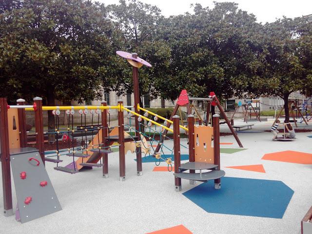 El nuevo parque infantil de la Plaza de Pontevedra en A Coruña