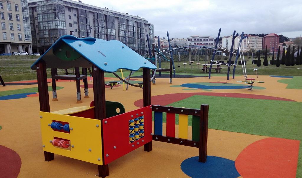 El Paseo Marítimo de O Burgo (Culleredo) y sus parques infantiles
