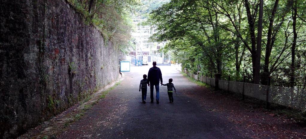 Doce excursiones misteriosas para caminar con niños