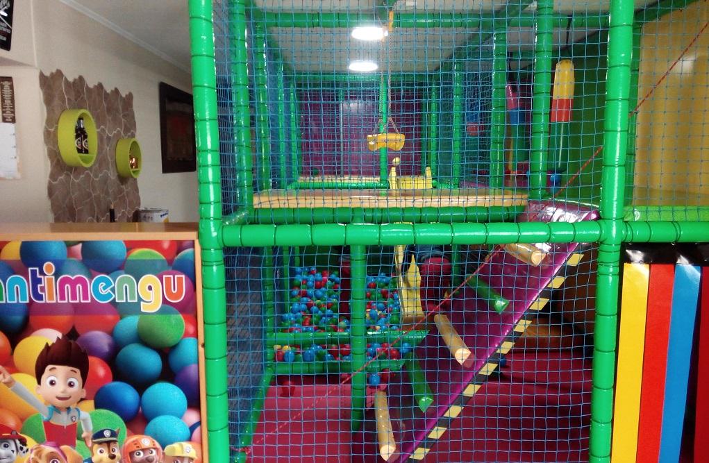 Restaurantes con parque infantil interior o zona de juegos