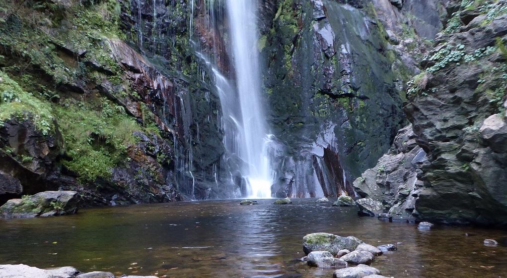 Senderismo mini: la cascada del Toxa, con niños