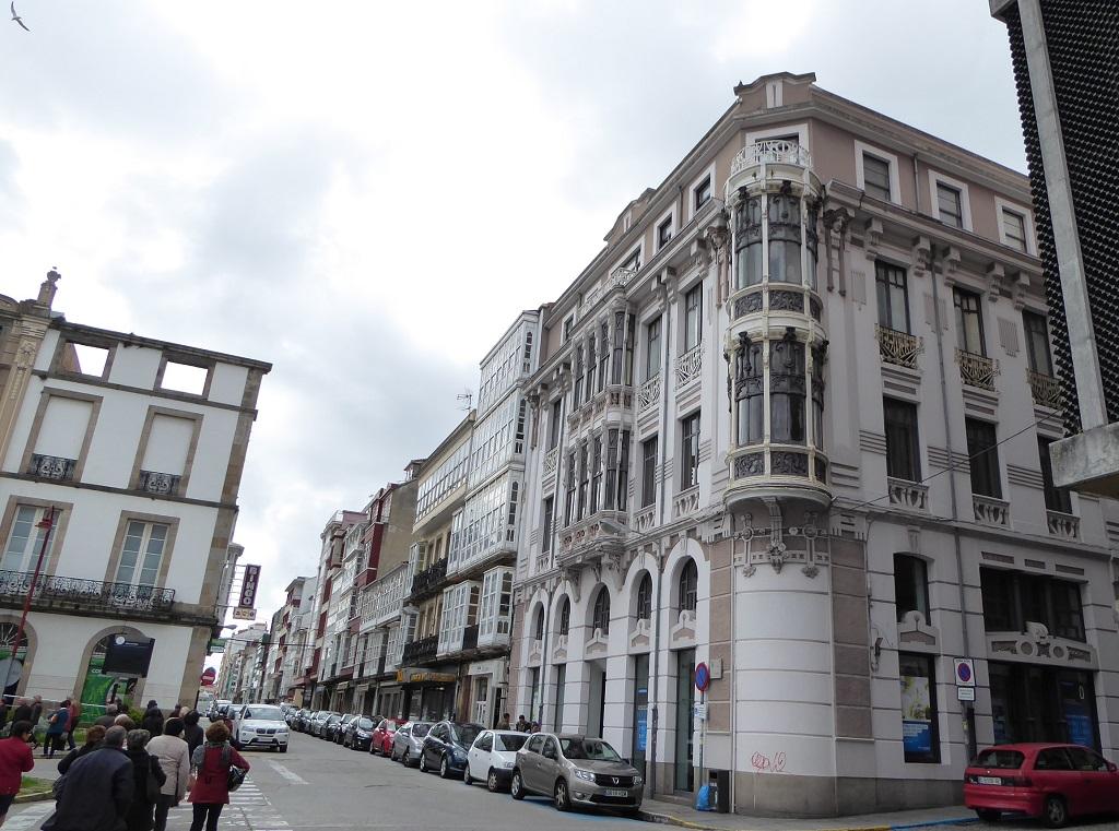 Un paseo por la ruta modernista de Ferrol con niños
