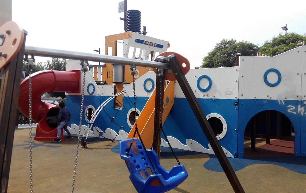 El parque infantil del barco de Popeye