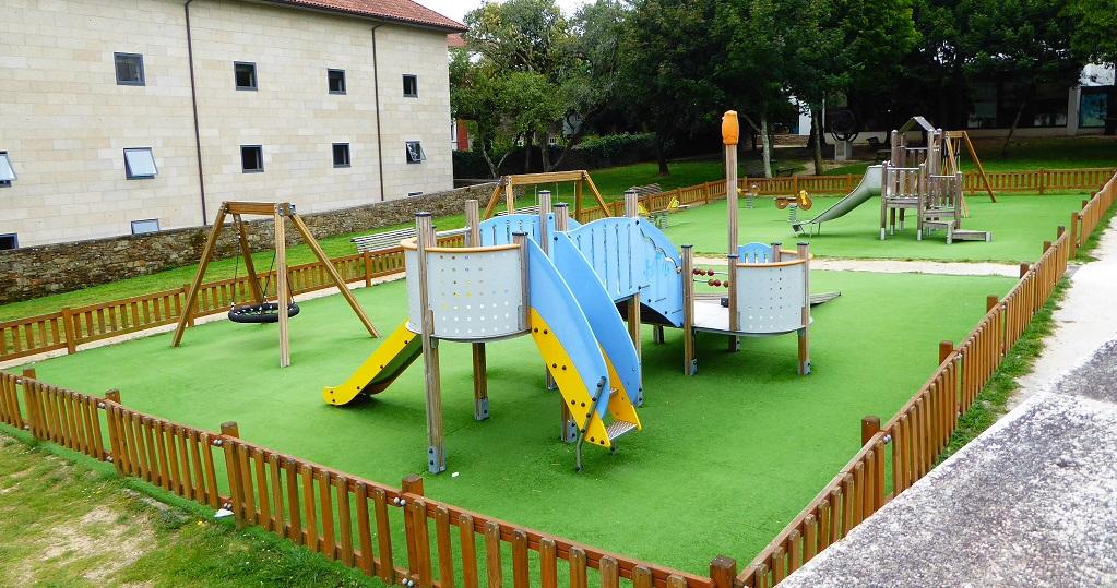 El parque infantil de Bonaval (Santiago)