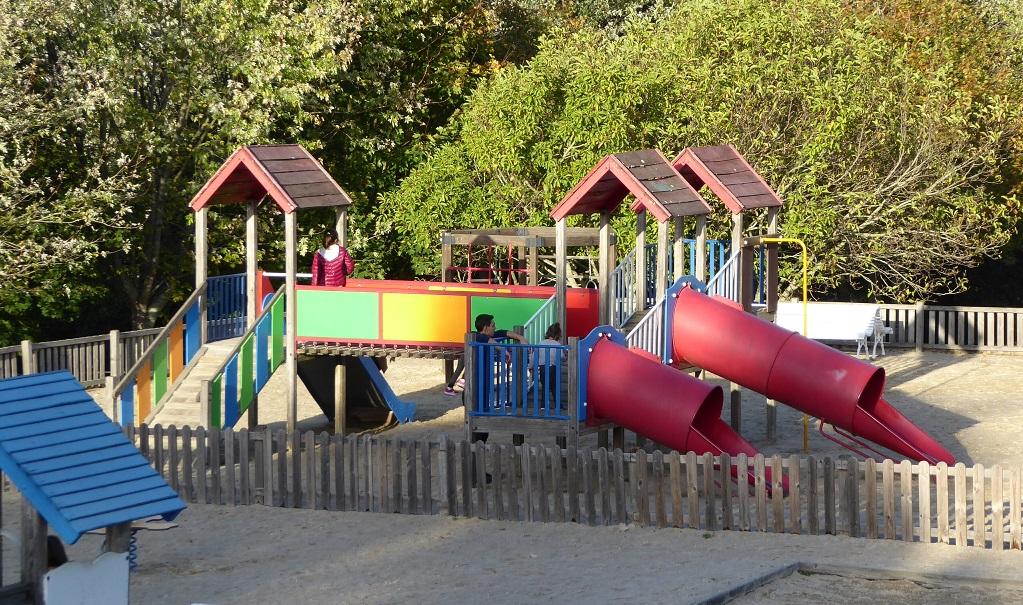 El parque infantil de Pontepedriña
