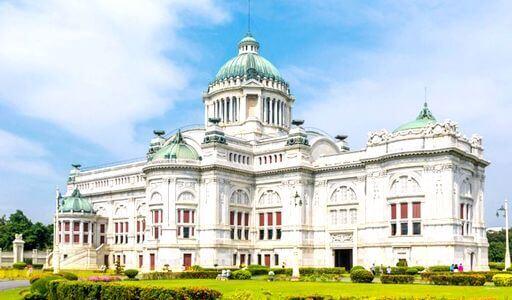 旧国会議事堂(アナンタ・サマーコム・パレス)