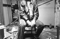 beldam-francis-bacon-in-his-studio-seated