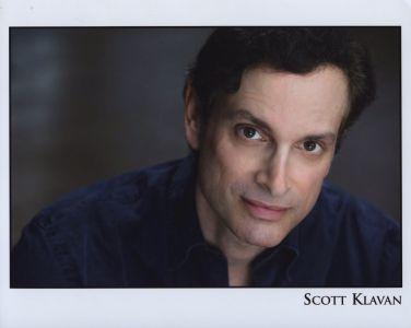 Scott Klavan headshot