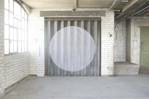 Nicola Yeoman, white circle