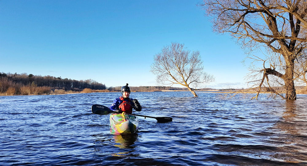 Winter kayaking _ Traveling to Latvia _ ESCAPERIES