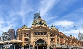 Looking for street art, quirkiness, loads of food and beautiful architecture? Melbourne is the perfect city for you! Here's my 3 day Melbourne itinerary, perfect for your first time visiting.