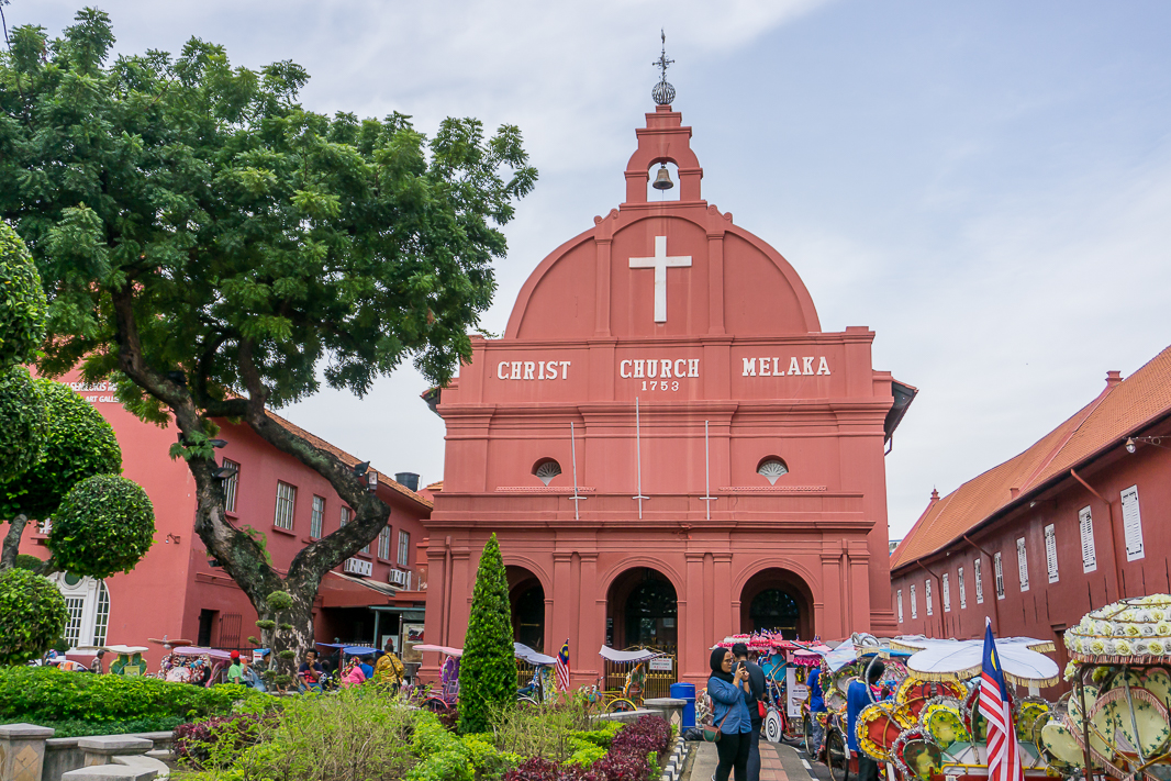 Melaka is the perfect place to visit during your travels in Malaysia. Find out what you can do in 2 days in Melaka and why you should visit here!