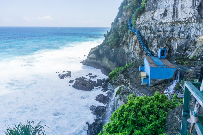 Planning a trip to Bali? Make sure you visit Nusa Penida! Here are my top things to do in Nusa Penida and my guide to visiting.