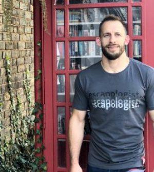 Escapologist Fade Tshirt Full