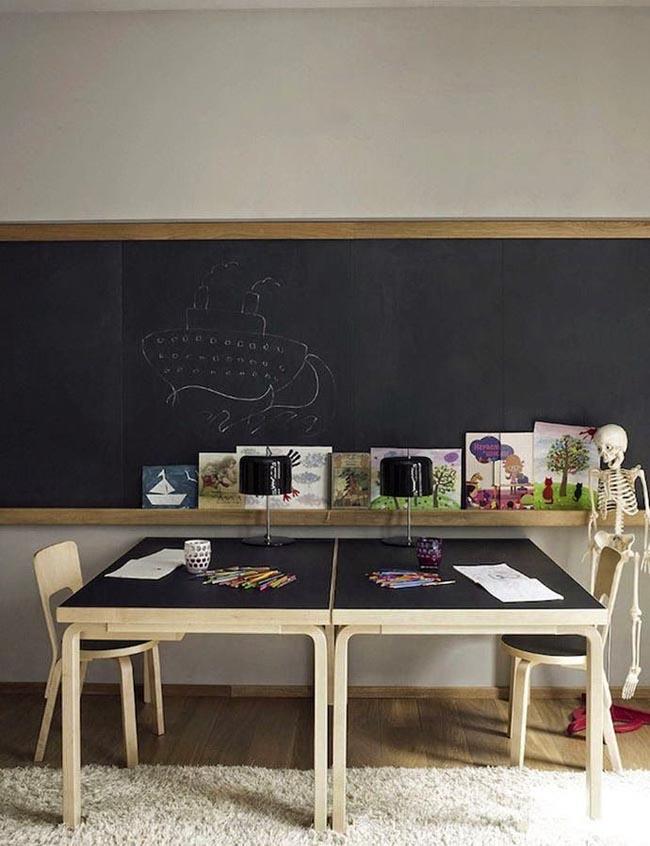 mesas de estudio para dos  Escarabajos Bichos y Mariposas
