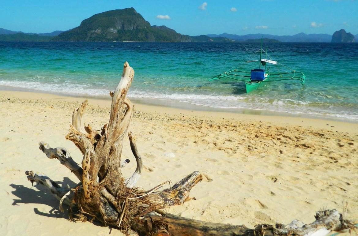 Praias mais lindas do mundo - Praia da Ilha Tapiutan, em El Nido (Filipinas)