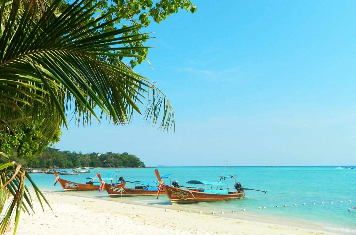 Praias mais lindas do mundo - Ton Sai Bay, na Ilha de Phi Phi Don (Tailândia)