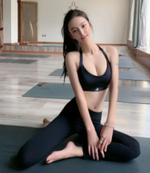 Lu Lu - Suzhou Escort 1