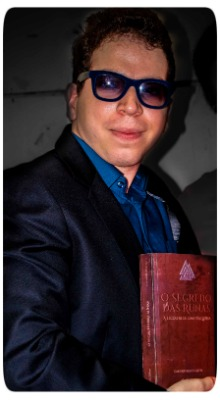 Escritor Caio Rodrigues Alves