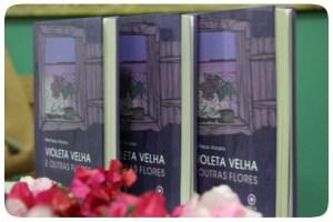 Violeta Velha e Outras Flores - Matheus Arcaro