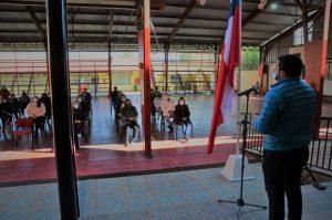 Escuela Básica Talca realiza ceremonia de entrega de diplomas de capacitación a personal asistente de la educación