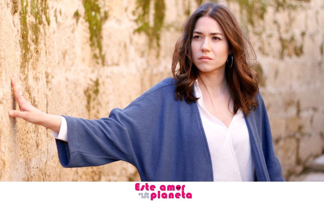 Evento con Elena Martínez, La actriz protagonista de 'Este amor es de otro planeta'