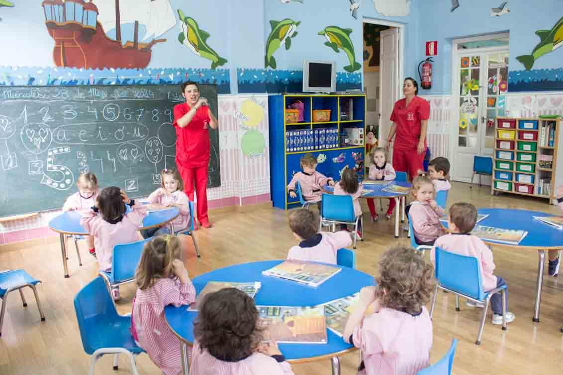 Escuela Infantil Bambinos  La escuela infantil Bambinos en Valencia es un centro con ms de 30 aos de experiencia para los nios de los 0 a