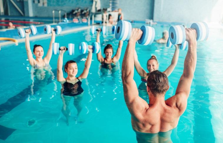 acquagym benefici ginnastica estate
