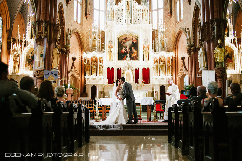 Holy Family Church Chicago Wedding With Lauren Amp Sergio