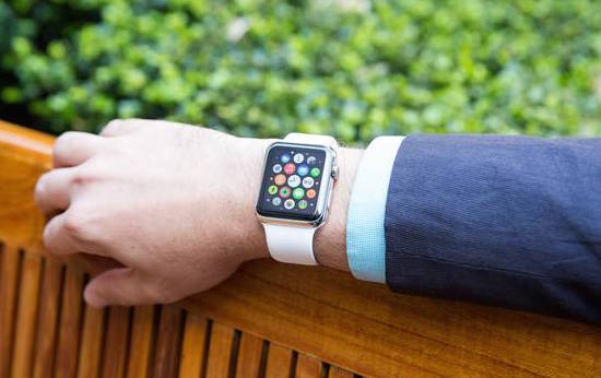 apple-watch-lg-pantallas
