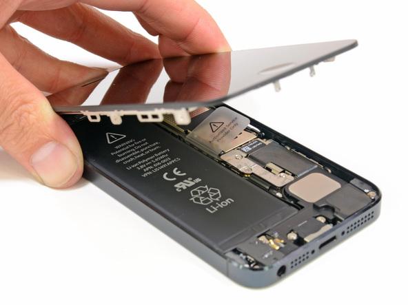 Aprende a cambiar la batería de tu iPhone 5 con este tutorial