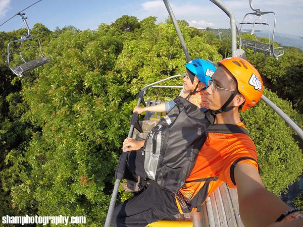 travel-logs-ke-singapore-ker-kita-travel-vacation-singapore-trip-marina-bay-garden-by-the-bay-merlion-park-singapore-tourist-pass-singapore-cable-car-sentosa-island-skyline-luge