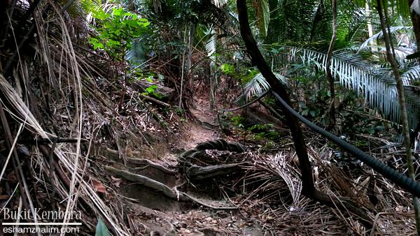 bukit-kembara-ampang-kuala-lumpur-kde-hiking-eshamzhalim
