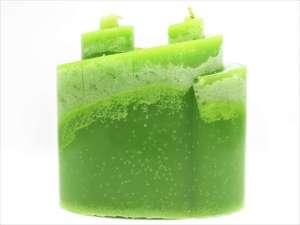 Χειροποίητο αρωματικό Κερί κυματιστό πράσινο μάρμαρο. Διαστάσεις 0,12εκ Χ 0,14εκ.