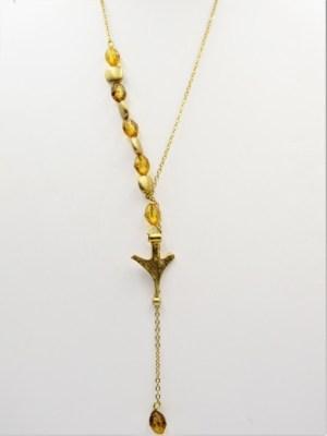 Χειροποίητο Κολιέ μακρύ αλυσίδα με χρυσο στοιχείο και κίτρινες πέτρες.