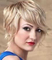 cute short haircuts wavy
