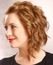 medium short wavy hairstyles