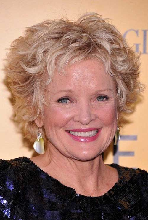15 Short Haircuts For Wavy Hair Over 50 Short Hairstyles