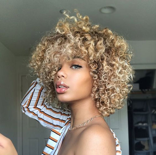 Natural Curly Short Hairstyles For Pretty Ladies Short
