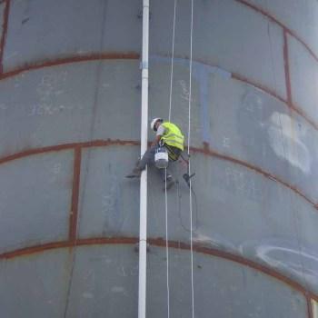 Trabajos verticales de difícil acceso en altura