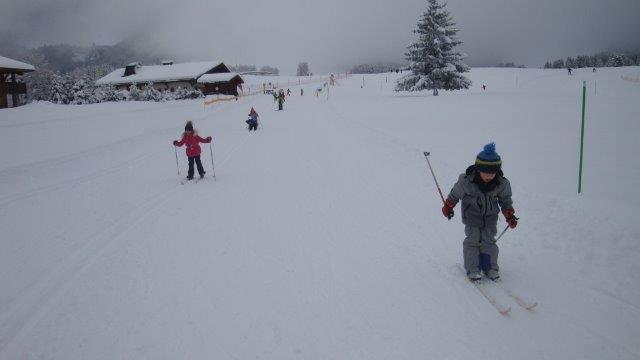 Premières sorties en ski de fond pour la classe de GS CP