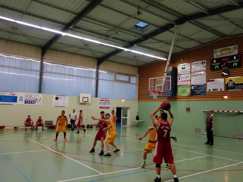 SG2 contre Monts D'Or (9 mai 2015)
