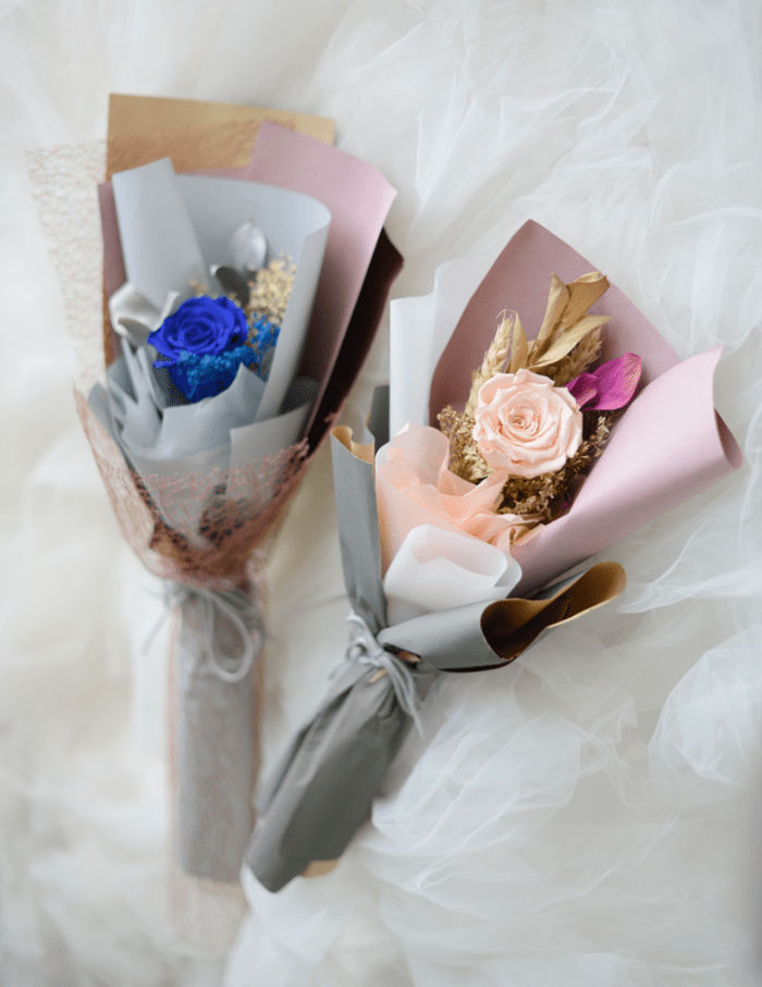 Mine and Only Hand Bouquet Roses | Valentines Special | Eska Creative Gifting