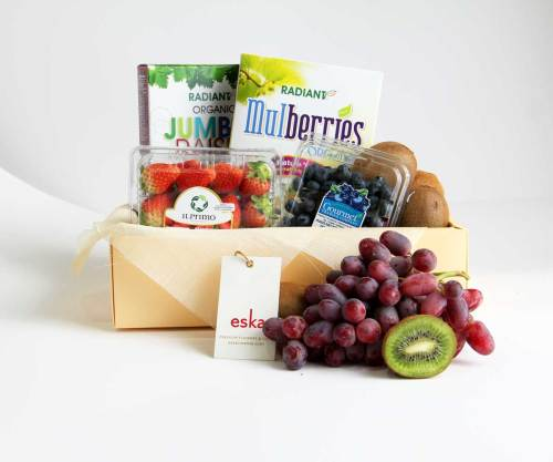 Berries Specials | Fruit Basket | Eska Creative Gifting
