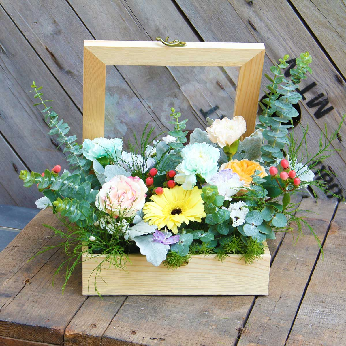 Seal with Love Flower Box | Eska Creative Gifting