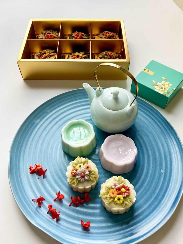 Floral Snowskin Special | Mooncake Festival | Eska Creative Gifting